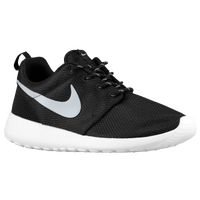 Nike Roshe Run - Women's - Black / White