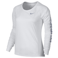Women's T-shirts | Foot Locker