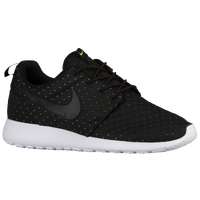 AXTOS Nike Roshe Run Black | Foot Locker