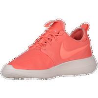 Nike Roshe Two Womens Atomic Pink/Sail/Turf Grapevine CrossFit