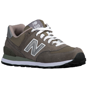 New Balance 574 - Women's - Grey/Silver