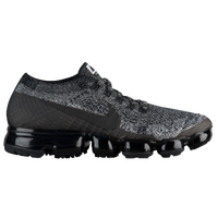 Nike Air VaporMax Flyknit - Women's - Black / White