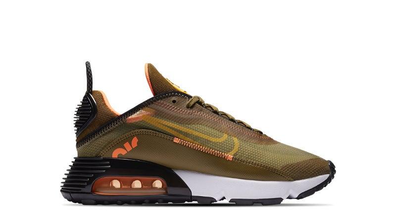 Shop the Women's Nike Air Max 2090