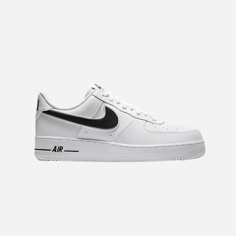 Shop the Boys' Nike Air Force 1 Low White/Black/Green Strike.