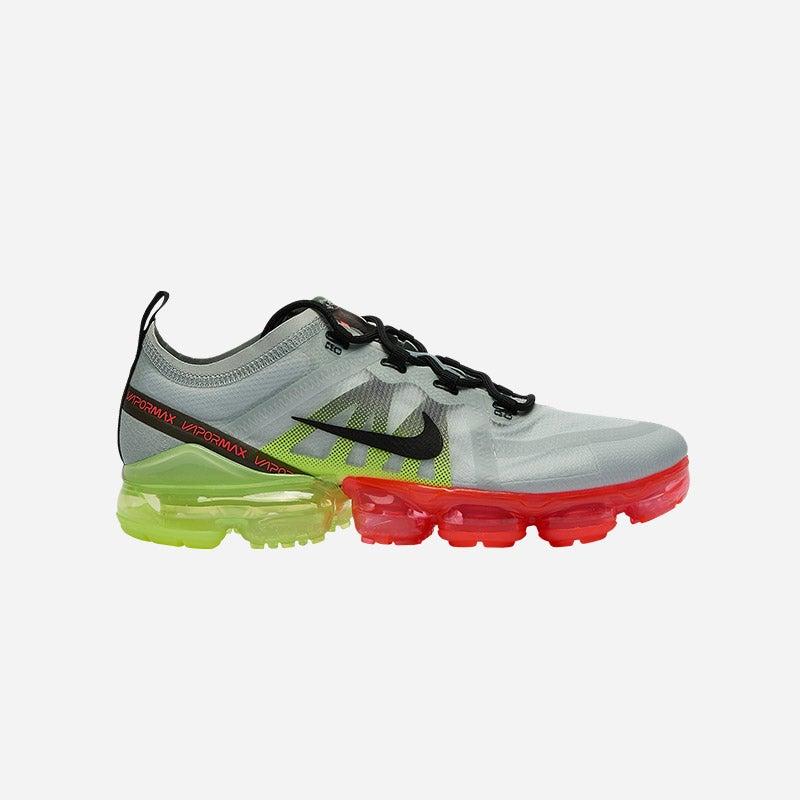 Shop the Men's Nike Air Vapormax 2019 in Pure Platinum/Black/Volt.