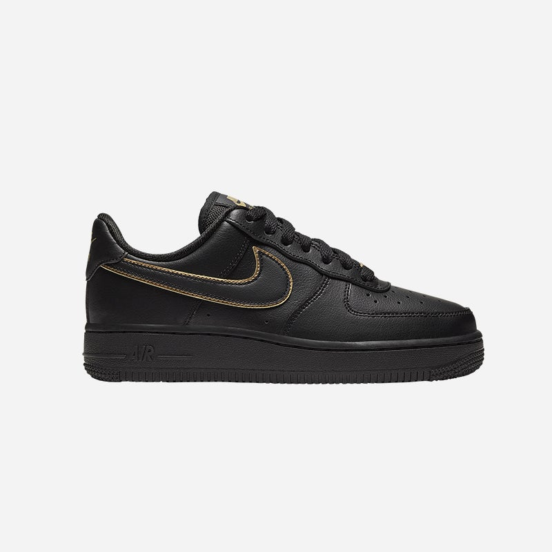 Shop the Women's Nike Air Force 1 '07 Low in Black.
