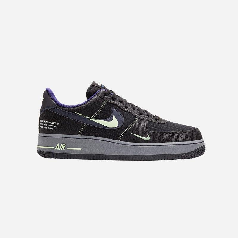 Shop the Men's Nike Air Force 1 LV8.
