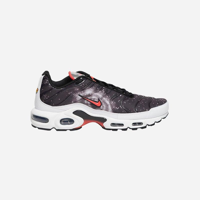 Shop the Men's Nike Air Max Plus