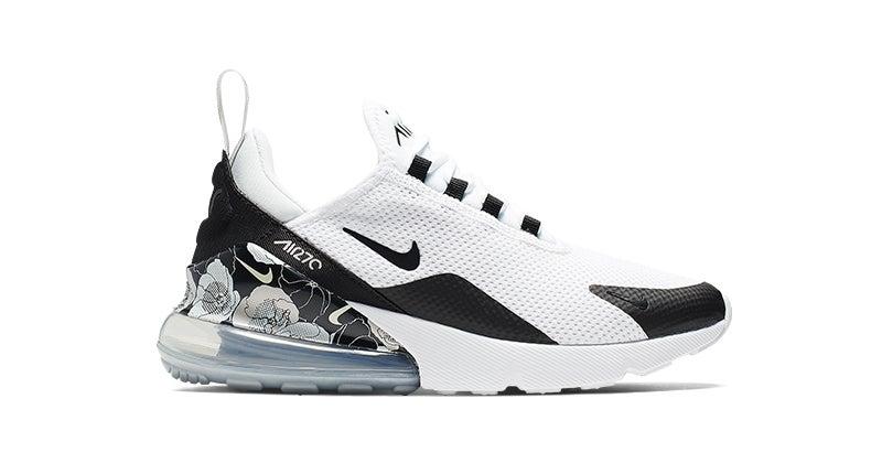 Women's Nike Air Max 270 SE in white/black.