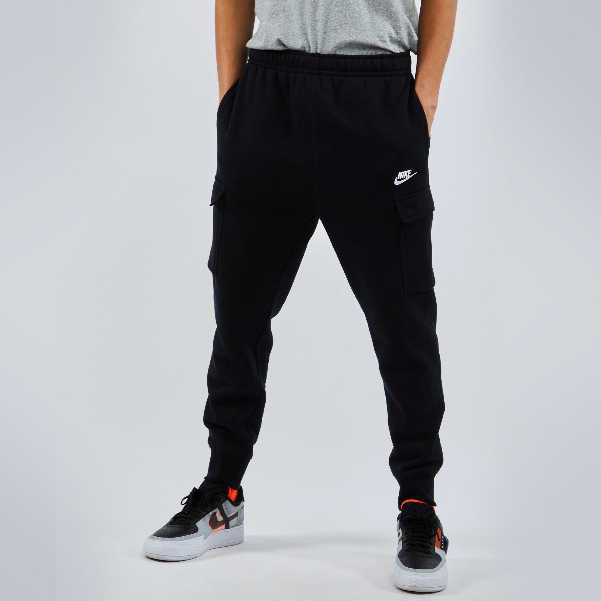 Nike Club Cargo Joggers