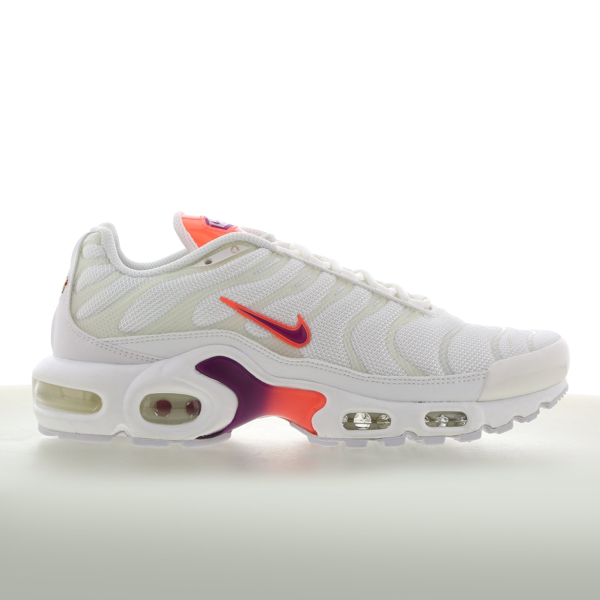 Nike Tuned 1 Essential - Women Shoes