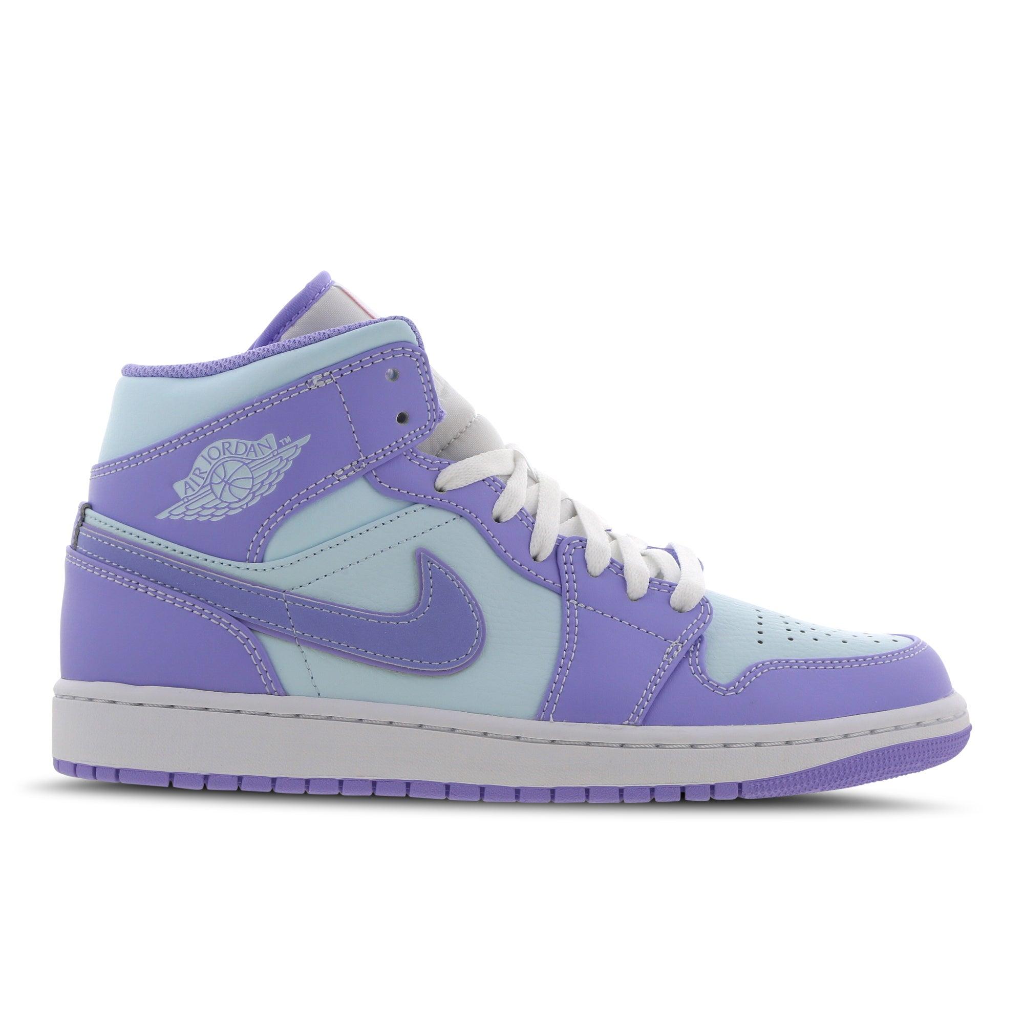 Jordan 1 Mid Schoenen