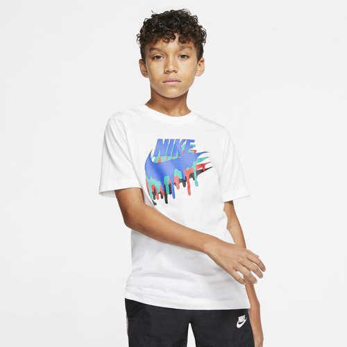 Fun Nike style is instantly yours with the unique Melted Crayon T-Shirt. 100% cotton. Imported.