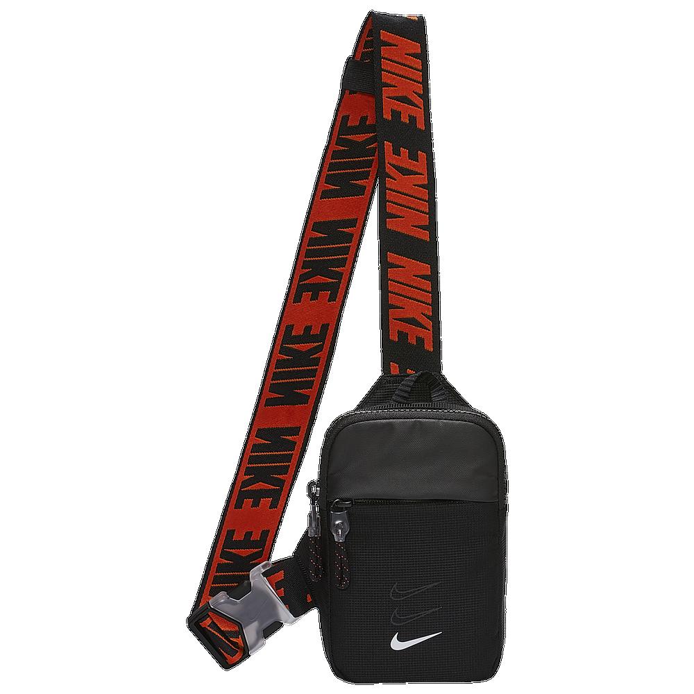 Nike Essentials Hip Pack / Black/White