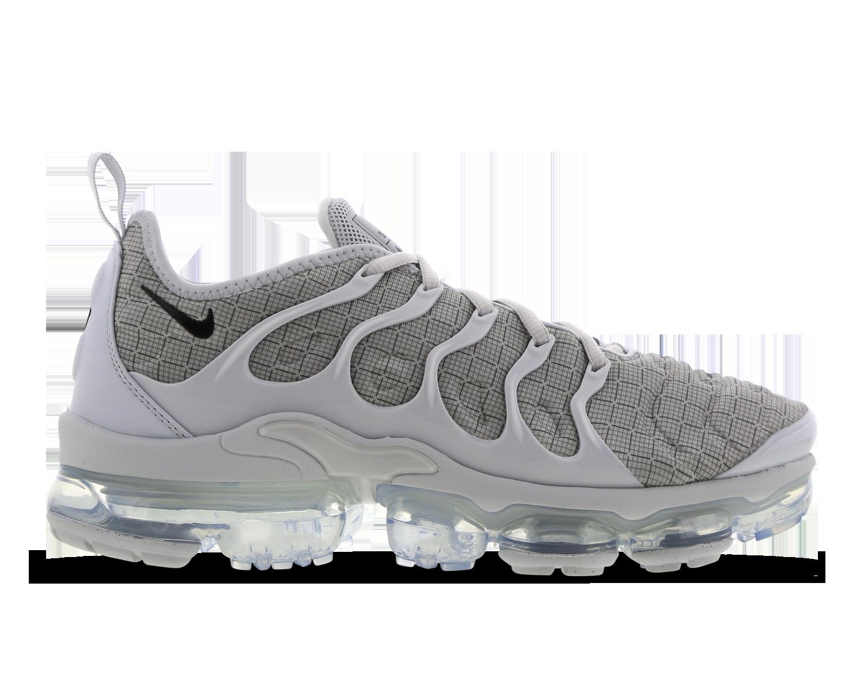 Nike Air Vapormax Plus @ Footlocker