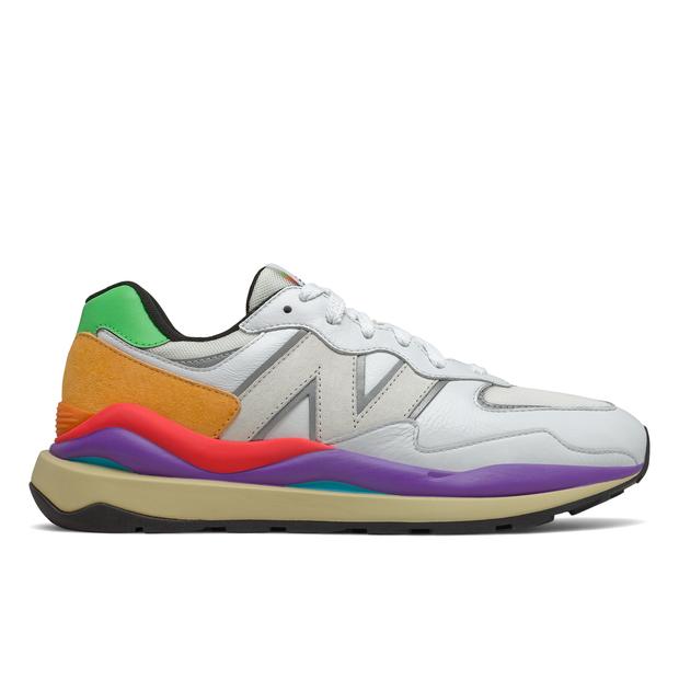 Artikel klicken und genauer betrachten! - Die neuesten Trends bei Foot Locker - Immer up to date mit angesagten Schuhen, Bekleidung und Accessoires von Top-Marken. | im Online Shop kaufen