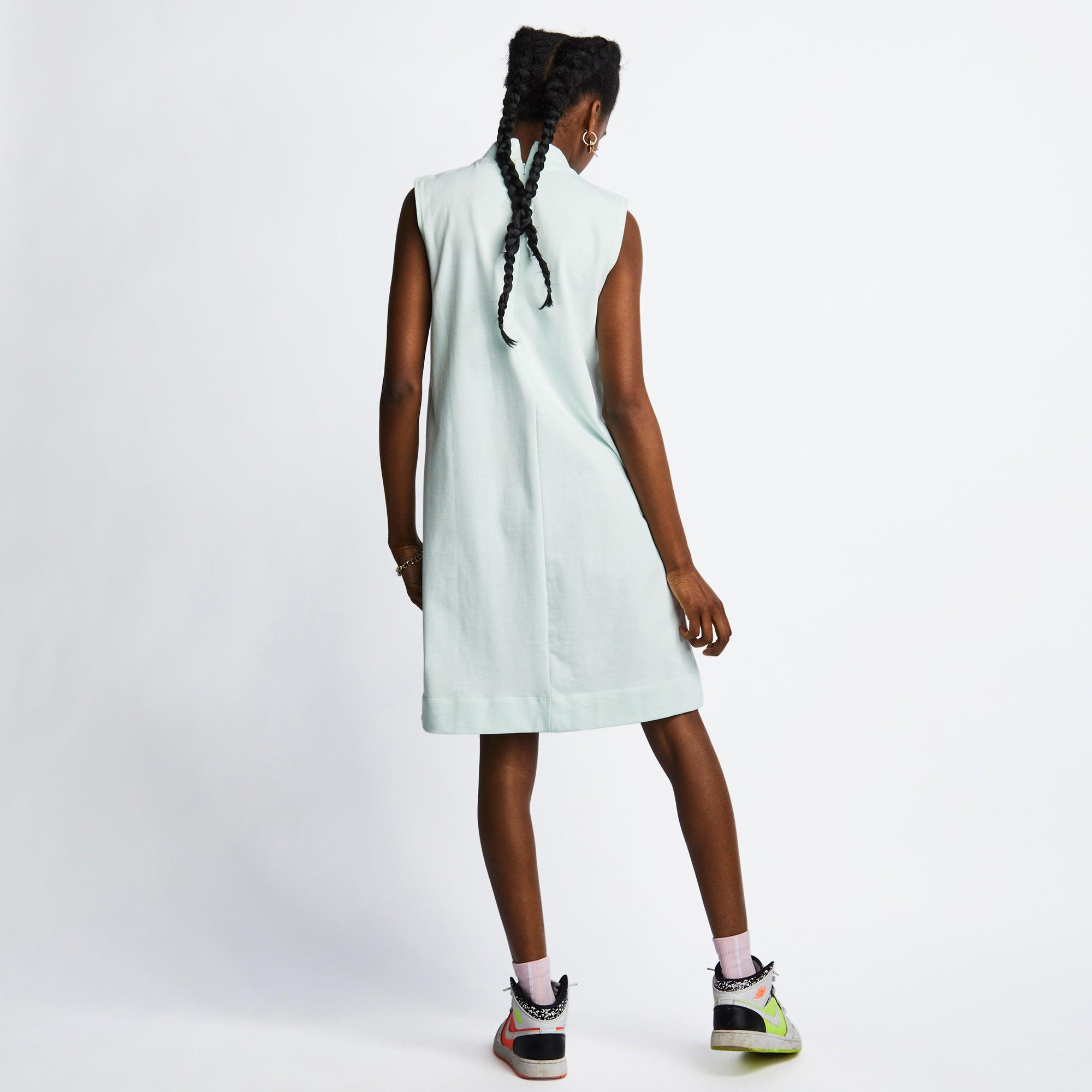 Nike Icon Clash - Women Dresses - Image 3 of 4 Enlarged Image