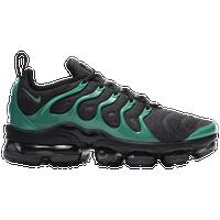 more photos 84da0 66a34 Nike Vapormax Plus Shoes | Champs Sports