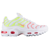 online store 28574 09af5 Nike Air Max Plus Shoes | Champs Sports