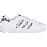 pick up c28eb 6dea1 adidas Originals Superstar - Women s