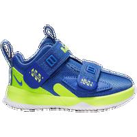 best service 459ba 621d5 Boys' Nike Lebron Shoes | Champs Sports