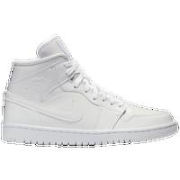 buy online 813bf 67552 Women's Jordan Shoes | Foot Locker