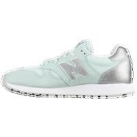 New Balance 520 - Women's - Light Green / Silver